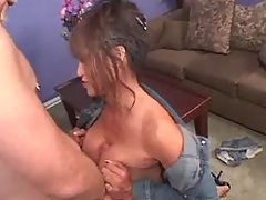 Brunette tgirl does perfect blowjob