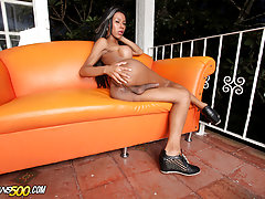 Tatiana Guzman loves playing with her shecock!